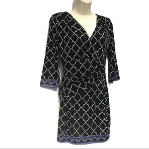 WHITE HOUSE BLACK MARKET FAUX WRAP PATTERN DRESS